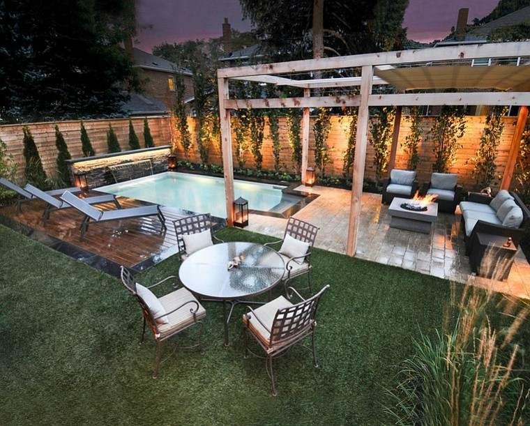 jardin noche chimenea patio pergola