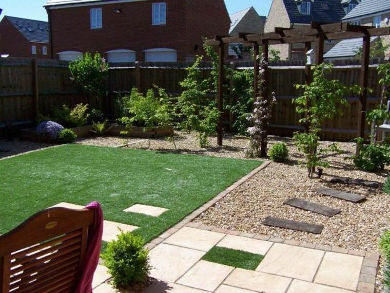 Jardines peque os y patios traseros de dise o nico Jardines exteriores pequenos para casas