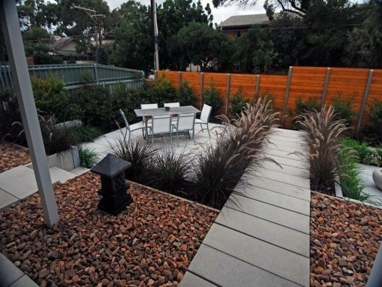 jardin pequeño estilo zen decoración