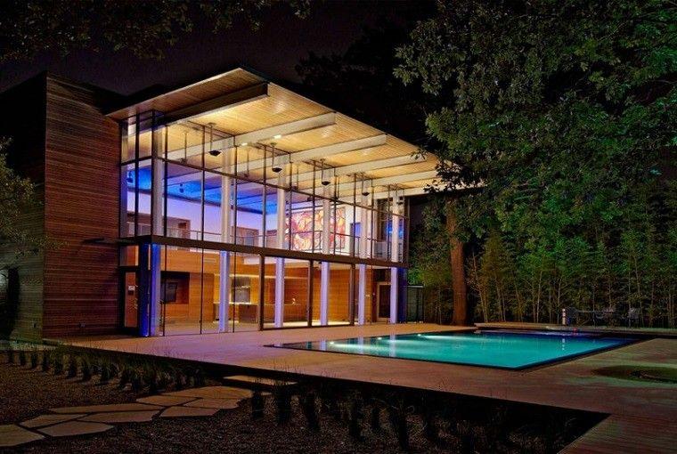 piscina moderna jardin noche