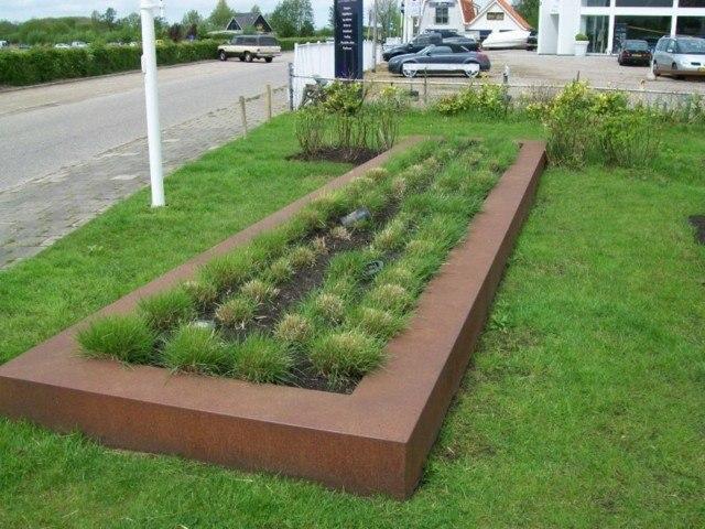 jardinera cesped plantas corten hierbas