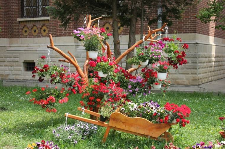 jardinera estupenda madera flores rojas