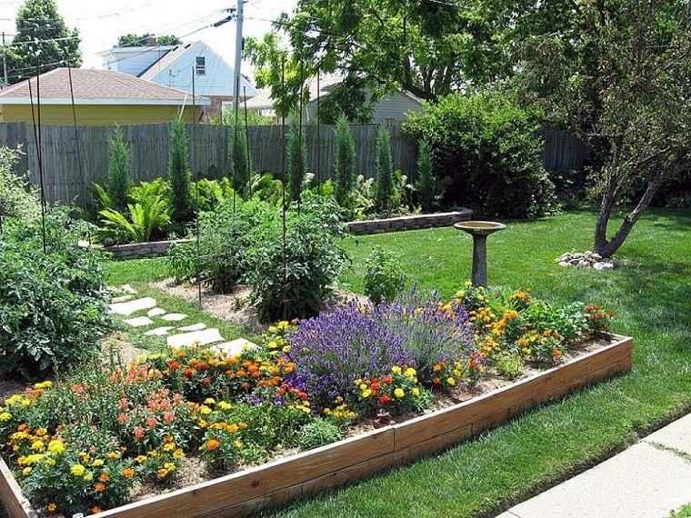 Decoracion terrazas y patios lo natural est de moda - Jardineras de colores ...