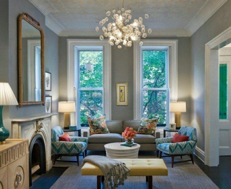lamparas sillas madera chimenea ventanas