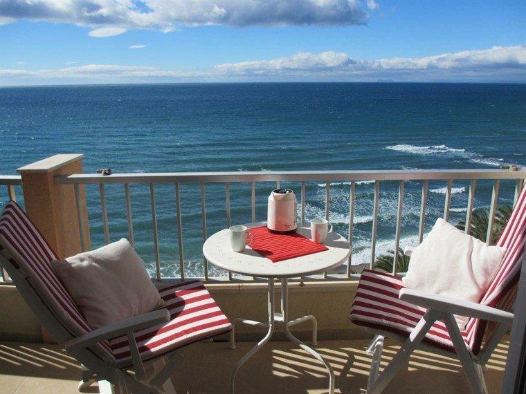las terrazas vistas preciosas mar tranquilo modernas