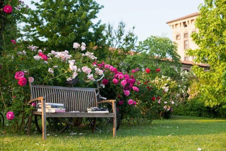 lugar perfecto sentarse leer alrededor flores aromas