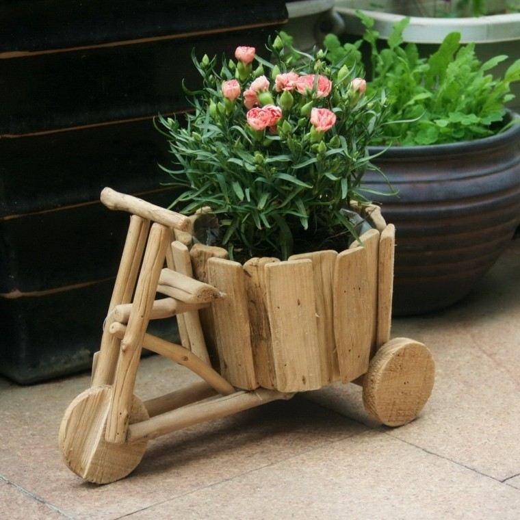 maceta creativa flores carrito jardinera