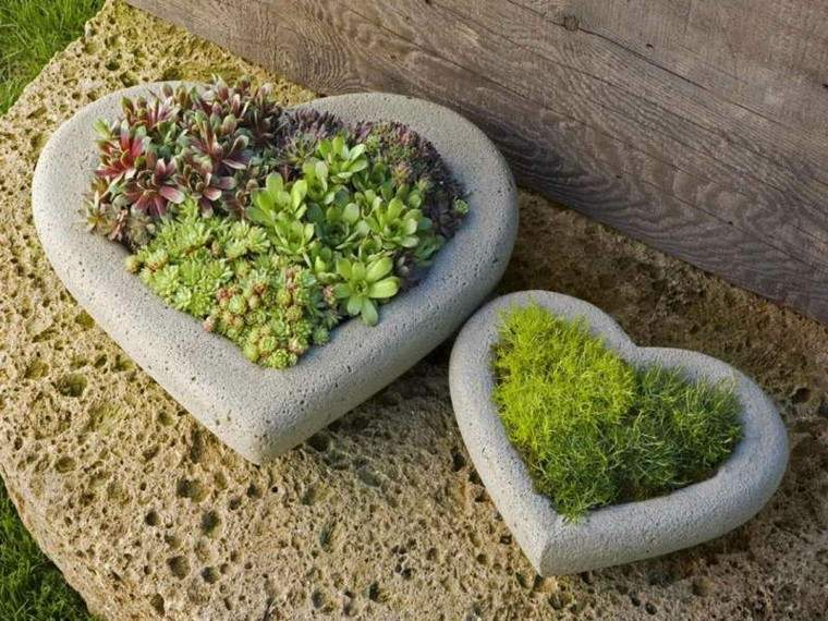 maceteros corazones piedra decorativos