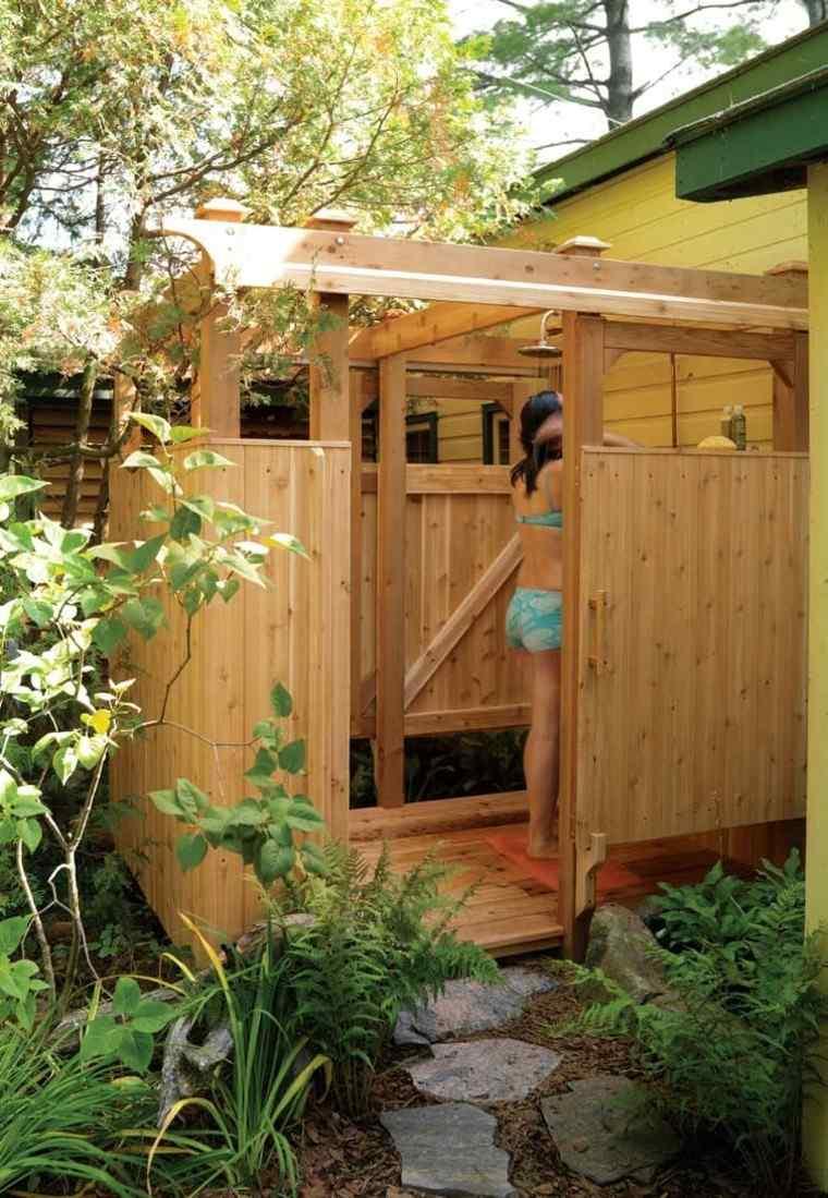 madera exterior ducha jardin lajas