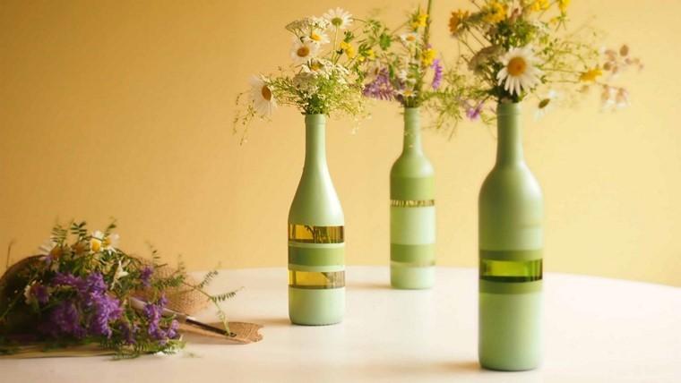 manualidades originales botellas vino color verde jarron