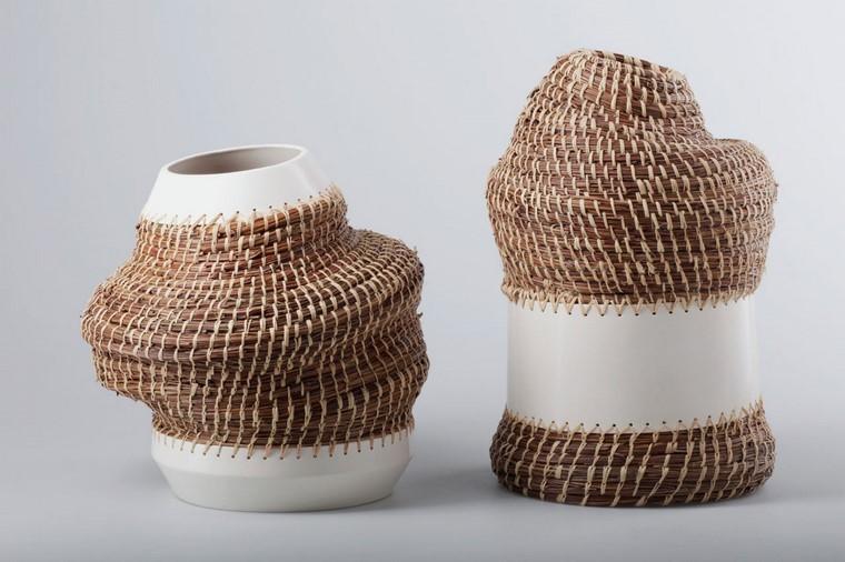 manualidades originales ideas jarrones cosidos plastico