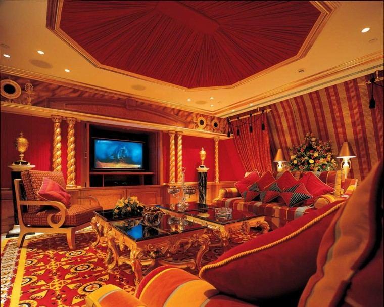 marruecos salon amplio telas techo roja bonita