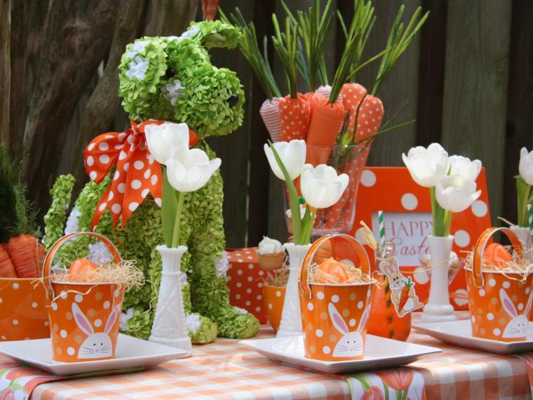 mesa con decoración verde perro zanahorias