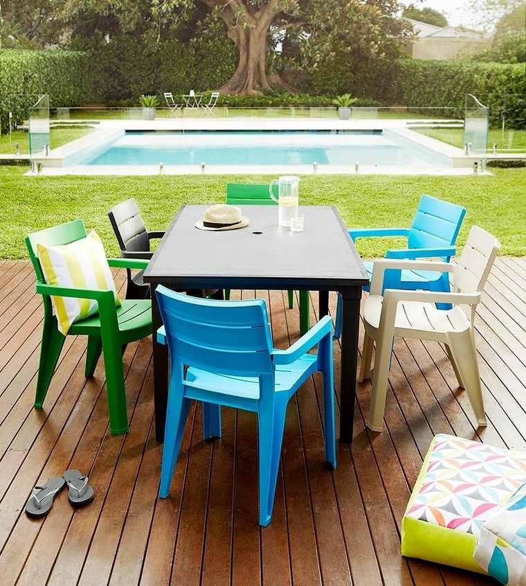 mesa sillas plastico resina piscina jardin ideas
