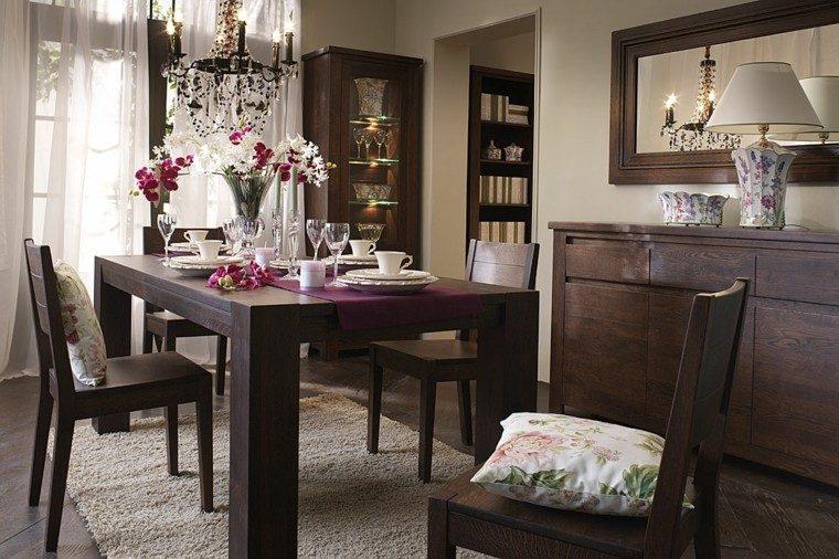 mesas de comedor sillas cojines estamas florales madera moderna