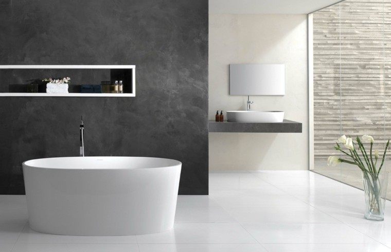 minimalismo bañera pared gris moderna