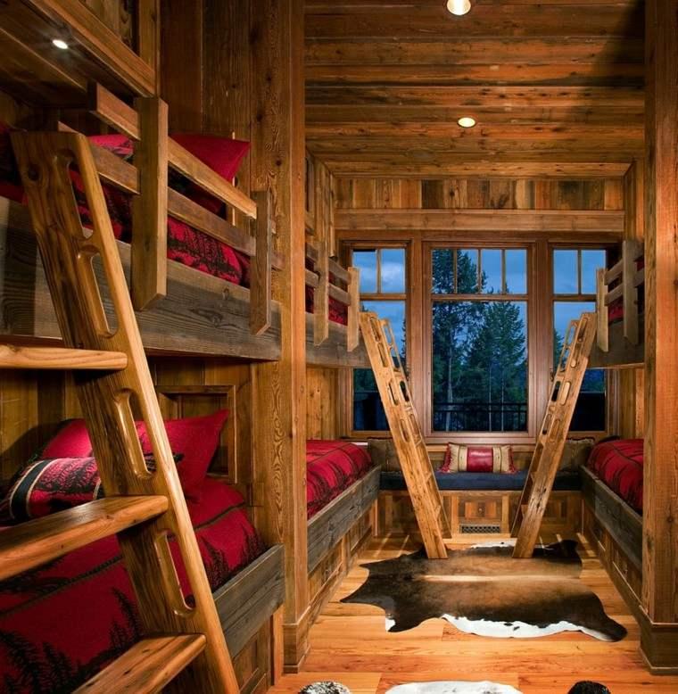 muchas literas cabaña madera escaleras