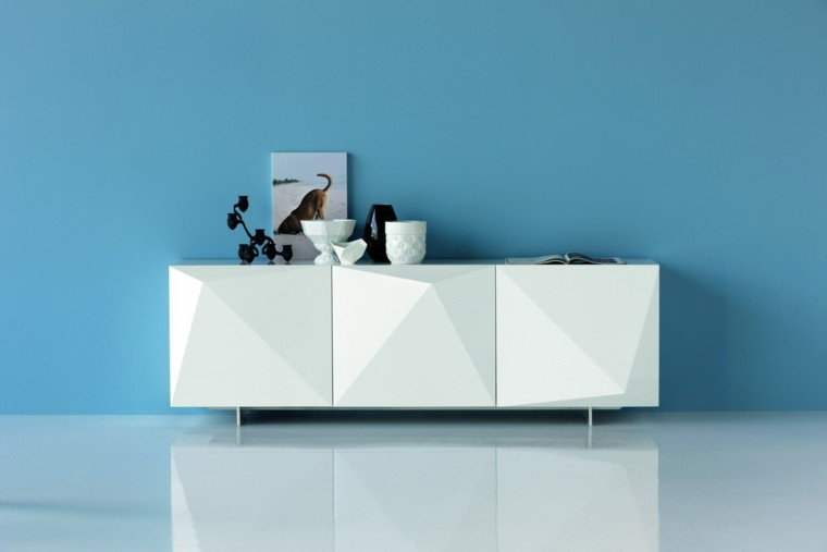 mueble blanco pared celeste salon