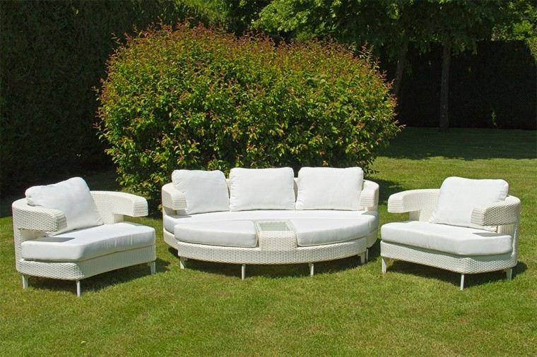 muebles blancos redondos mimbre