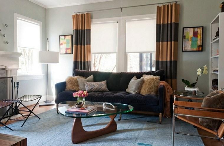 muebles madera mesa alfombra cortinas