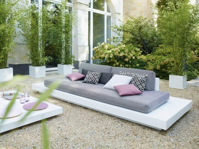 muebles modernos blanco cojines rosas flores maceta moderno
