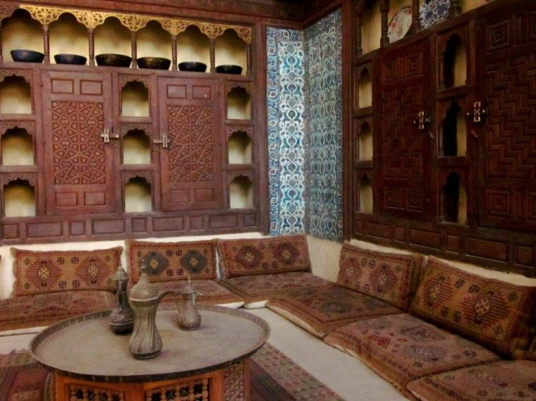 original maroqui puertas madera ventanas antuiguo