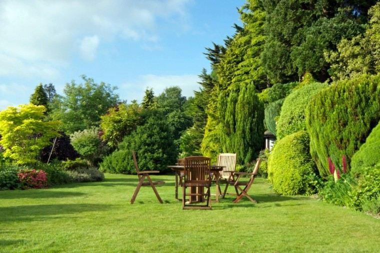 Paisajes naturales disfruta del verano al aire libre for Arboles bonitos de jardin