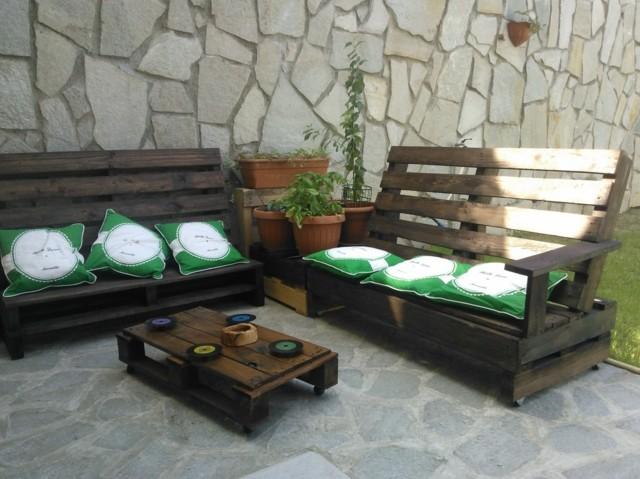 Muebles e ideas de accesorios modernos para el jard n for Set muebles jardin baratos