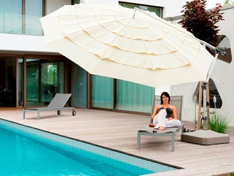 parasol grande volantes piscina