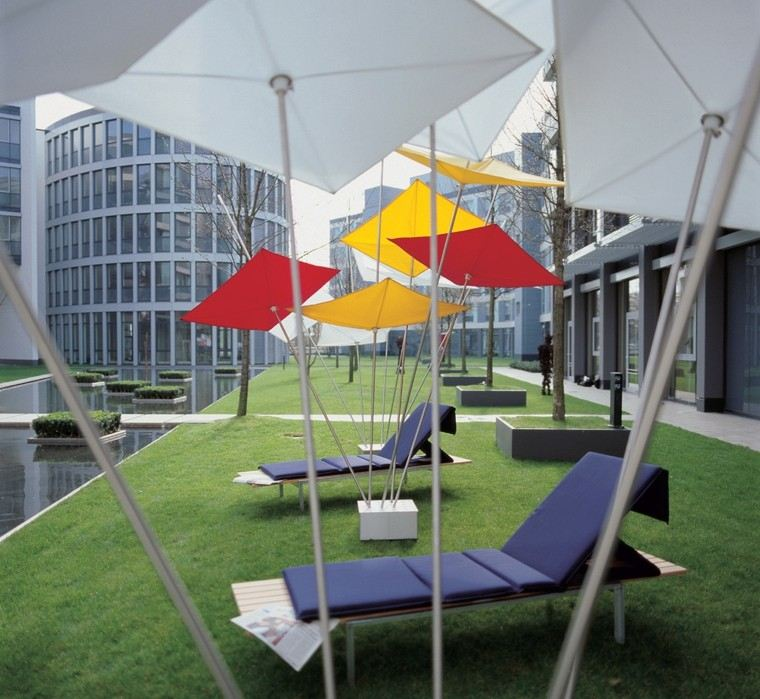 parasoles formas cometas jardin moderno