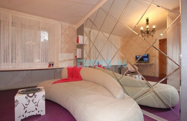 Espejos decorativos para dise os de muebles for Espejo pared dormitorio