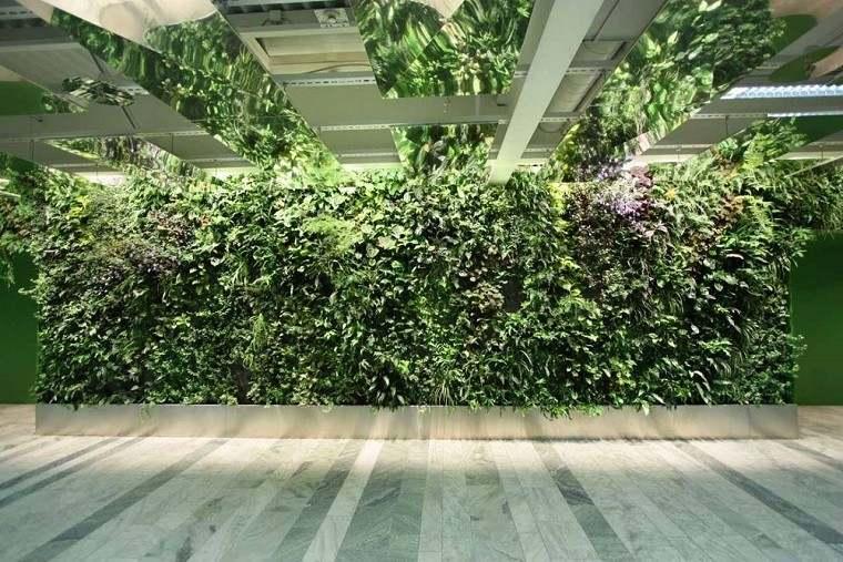 pasillo mall jardin vertical plantas