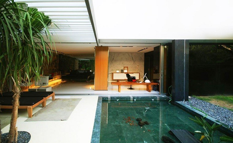 Arquitectura y dise o de jardines modernos for Piscina estanque
