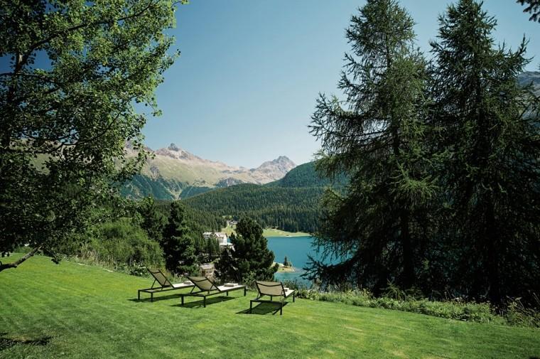 patio plantas montañas lago cubiertas