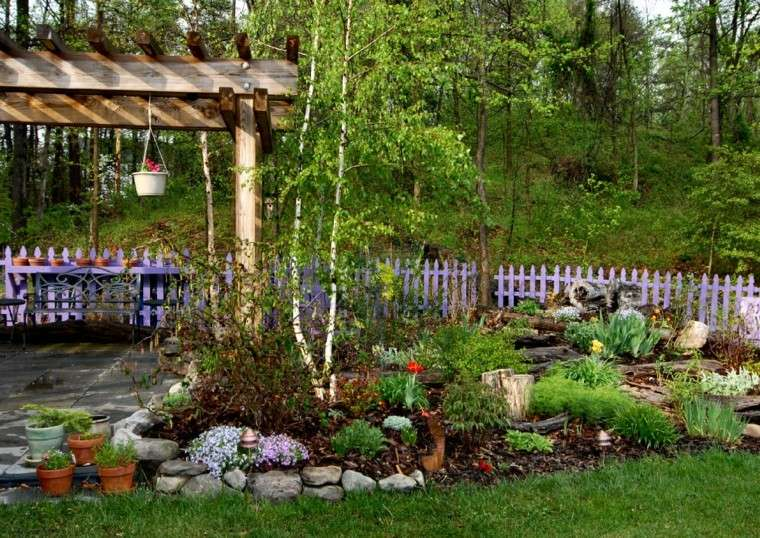 pergola banco acero primavera jardin valla