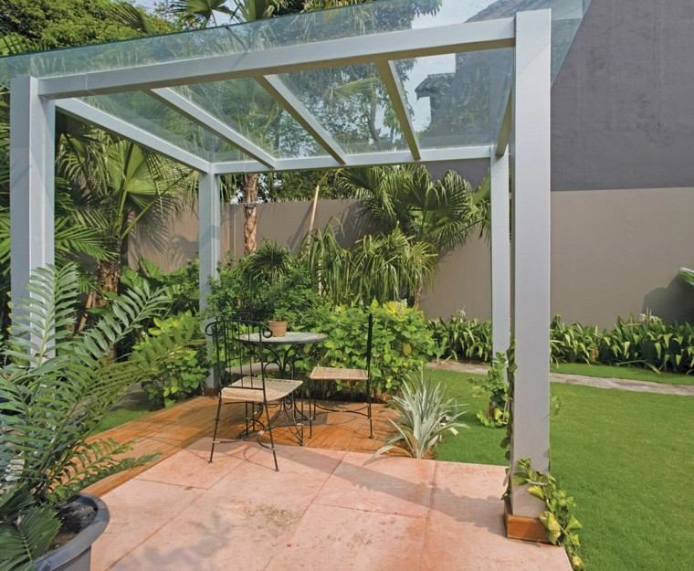 pérgola cristal moderna jardin