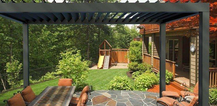 pergola metalica negra moderna patio