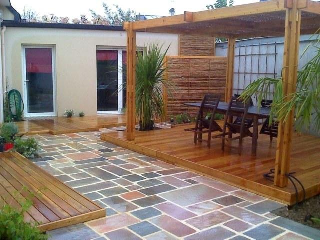 pergola suelo madera laca sillas plegables ideas