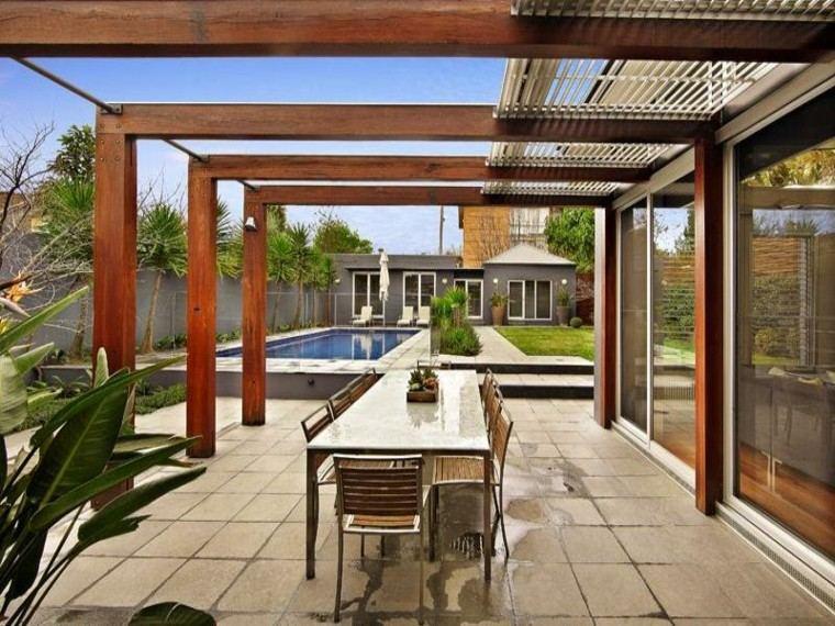 pérgola terraza madera teca piscina