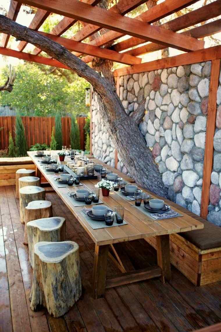 pergola troncos taburetes ideas jardin moderno original