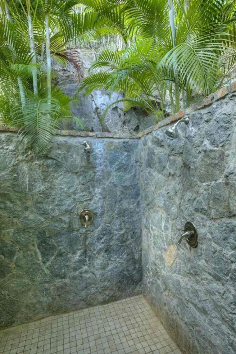 Duchas para exteriores vive de cerca la naturaleza - Duchas con muro ...