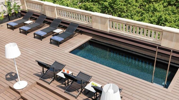 piscina decoracion tumbonas plantas terraza