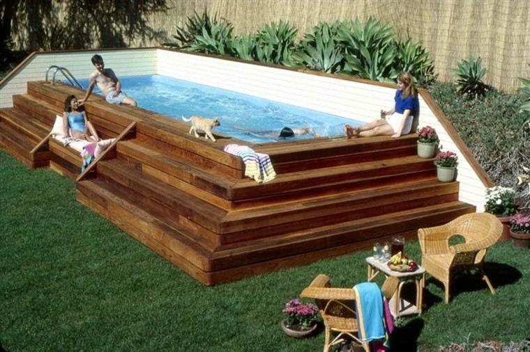 piscinas gato escaleras madera