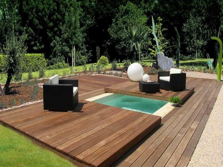 piscina pequeña plataforma cubierta madera