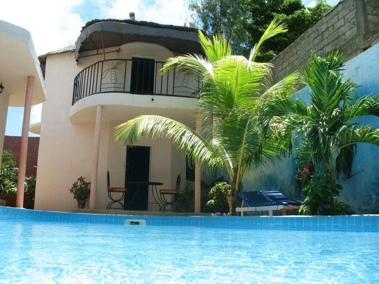 piscinas para jardin palmera estilo tumbonas