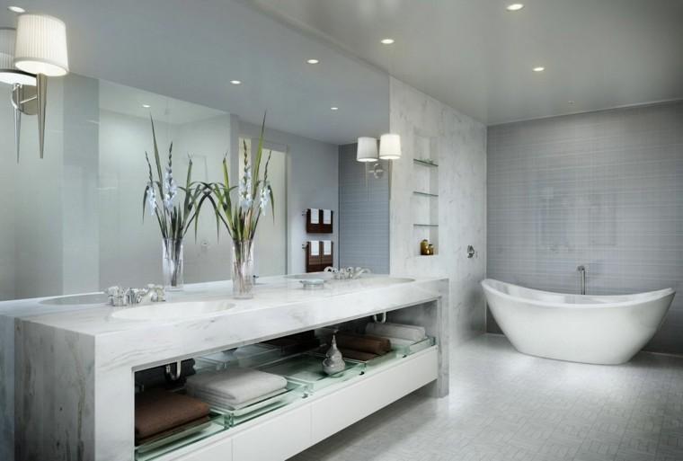 plantas jarrones bañera espejo plantas