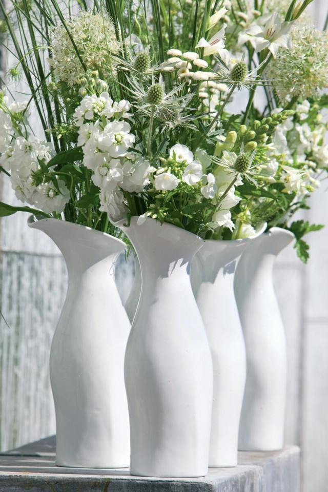 Ramos de flores en jarrones decorativos para la primavera - Jarrones de cristal con flores ...