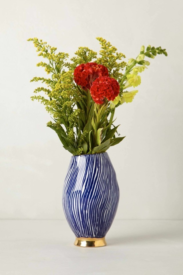 ramos de flores jarron rayas azul blancas modernas ideas