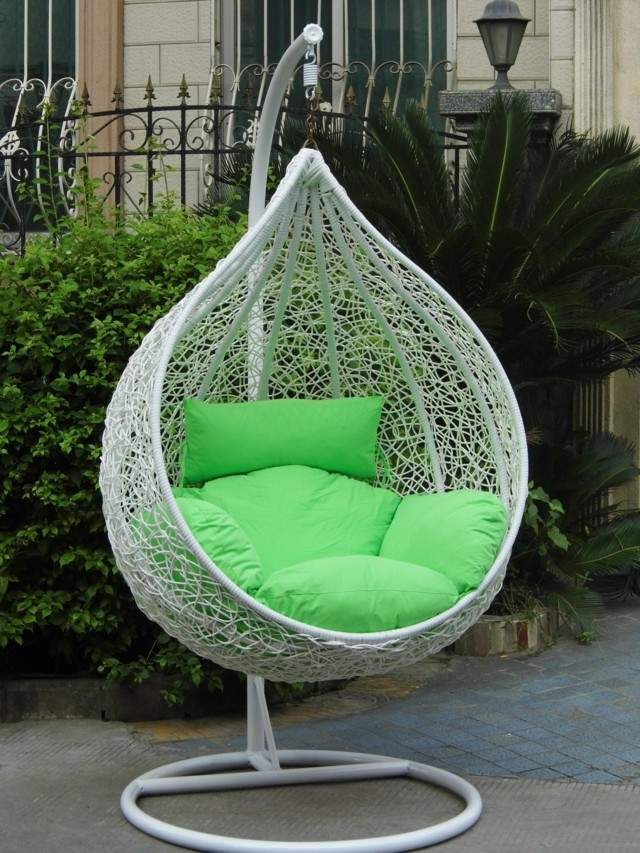 ratan columpio jardin cojin verde blanco moderna