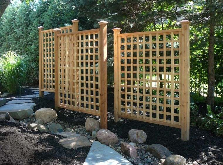 Estilo en el jard n con enrejados para plantas trepadoras for Japanese garden trellis designs